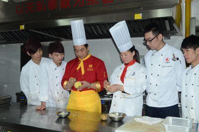 忻州廚師 山西太原大眾技工學校 廚師報名